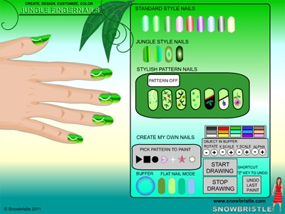 Stylish jungle themed fingernails